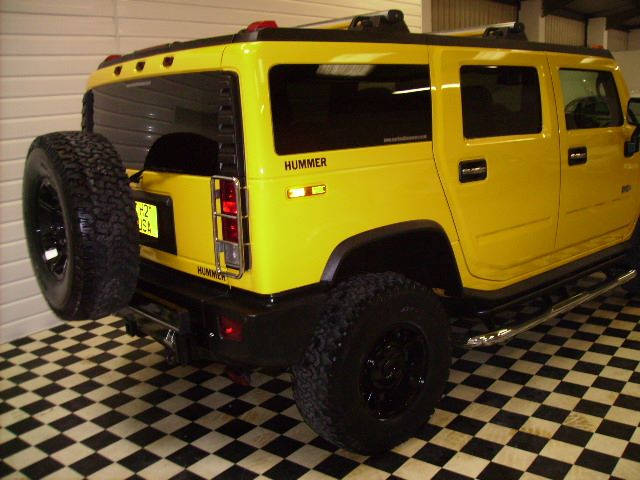 Hummer H2 RHD 6.0 LUX~RIGHT HAND DRIVE~1 OWNER~ Four Wheel Drive Petrol Yellow
