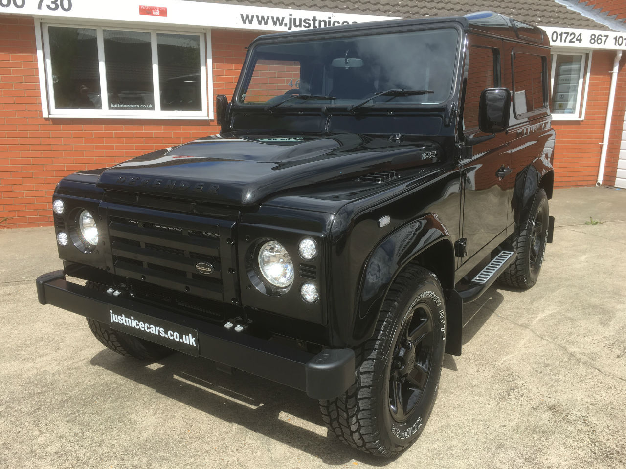 how to drive a land rover defender