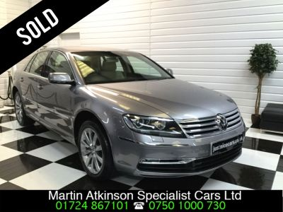 Volkswagen Phaeton 3.0 V6 TDI 4MOTION 4X4 4dr Auto Saloon Diesel Tempest Silver GreyVolkswagen Phaeton 3.0 V6 TDI 4MOTION 4X4 4dr Auto Saloon Diesel Tempest Silver Grey at Martin Atkinson Cars Scunthorpe