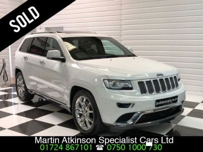 Jeep Grand Cherokee 3.0 CRD Summit 5dr Auto Estate Diesel WhiteJeep Grand Cherokee 3.0 CRD Summit 5dr Auto Estate Diesel White at Martin Atkinson Cars Scunthorpe