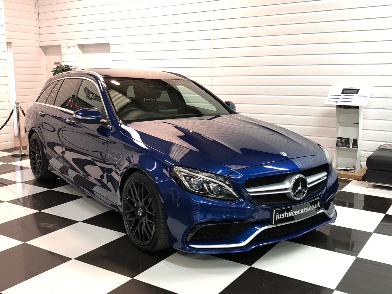Mercedes-Benz C Class C63 Premium 4.0 V8  5dr Auto Estate Petrol Brillant Blue