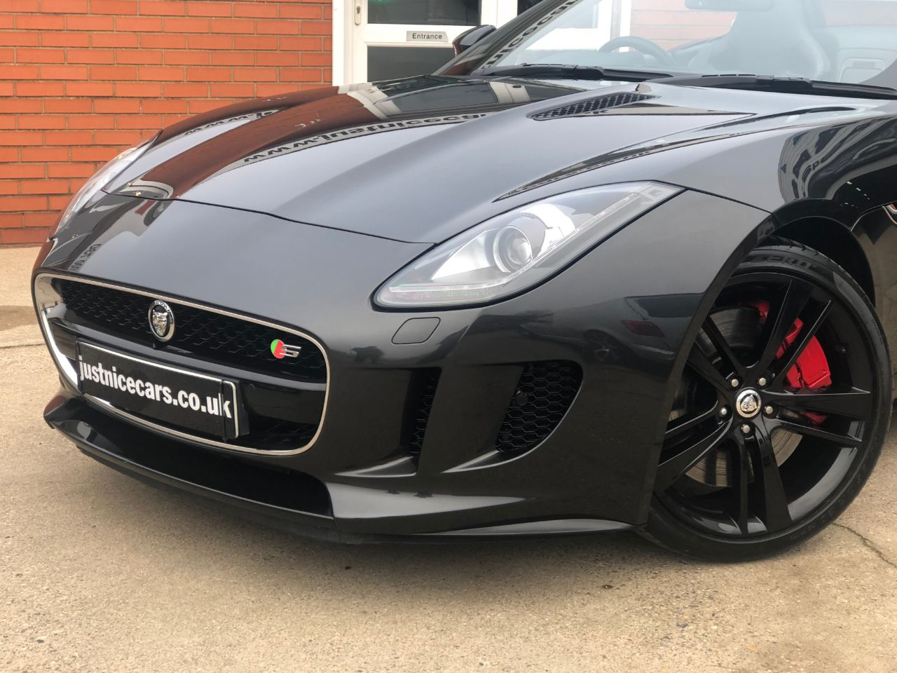 Jaguar F-type 5.0 V8 S Supercharged  2dr Auto 495BHP Convertible Petrol Stratus Grey