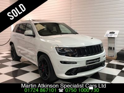 Jeep Grand Cherokee 6.4 V8 HEMI 460BHP SRT 5dr Auto Estate Petrol Bright WhiteJeep Grand Cherokee 6.4 V8 HEMI 460BHP SRT 5dr Auto Estate Petrol Bright White at Martin Atkinson Cars Scunthorpe