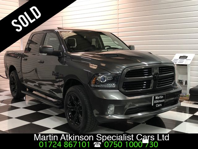Dodge Ram 1500 Laramie 5.7 Hemi V8 LHD Pick Up Petrol Grey